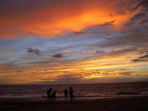 Experience our stunning Hawaiian sunsets